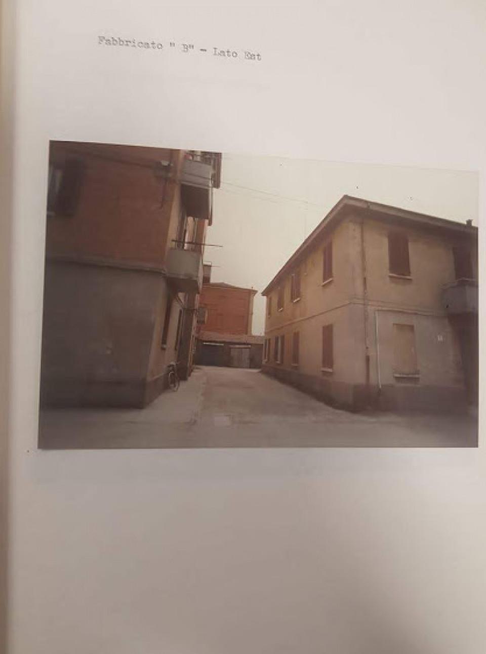 Palazzine di Piazza Marconi, Calderara. Anni '80