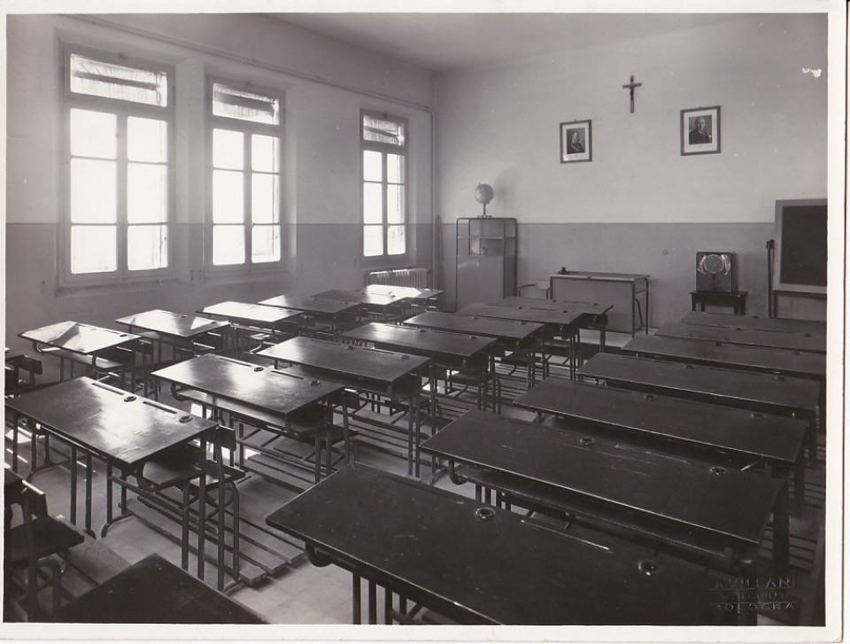 Aula di una scuola di Calderara