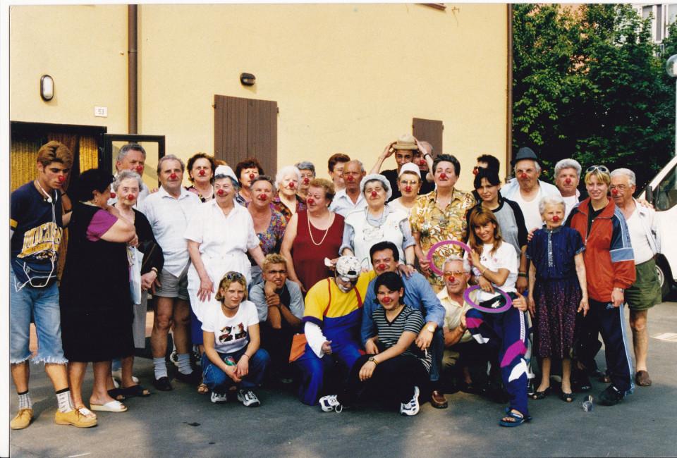 Centro Sociale Bacchi e i ragazzi di Parada, Calderara, 1999