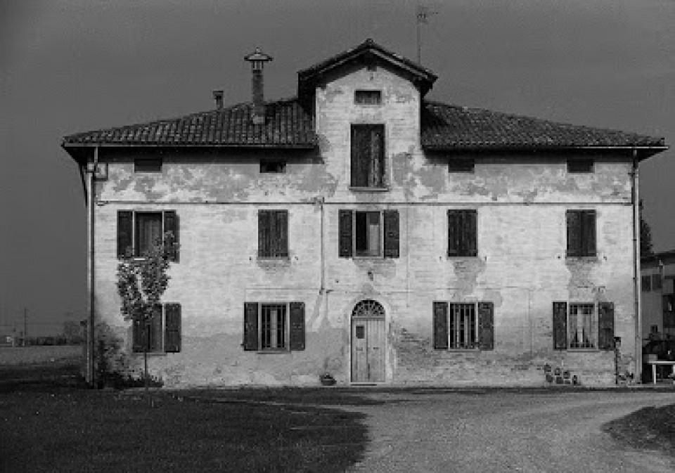 Casa colonica via Stelloni