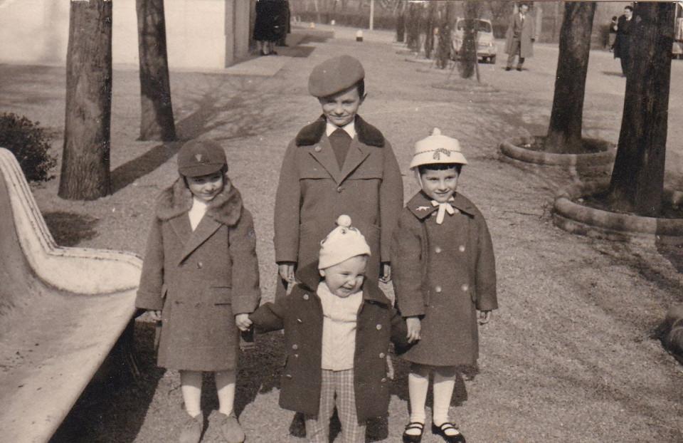 Piazza Marconi, Calderara, anni '60