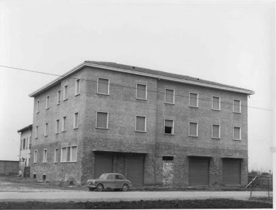 Piazza Marconi, Calderara. Anni '50