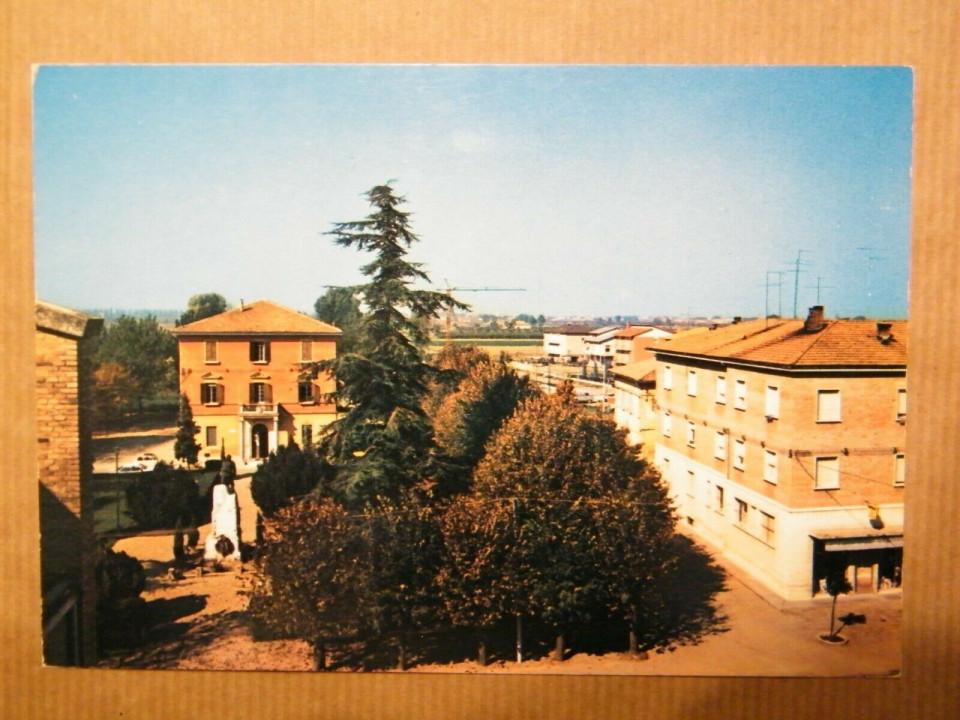 Calderara, veduta di piazza Marconi dall'alto, anni '80