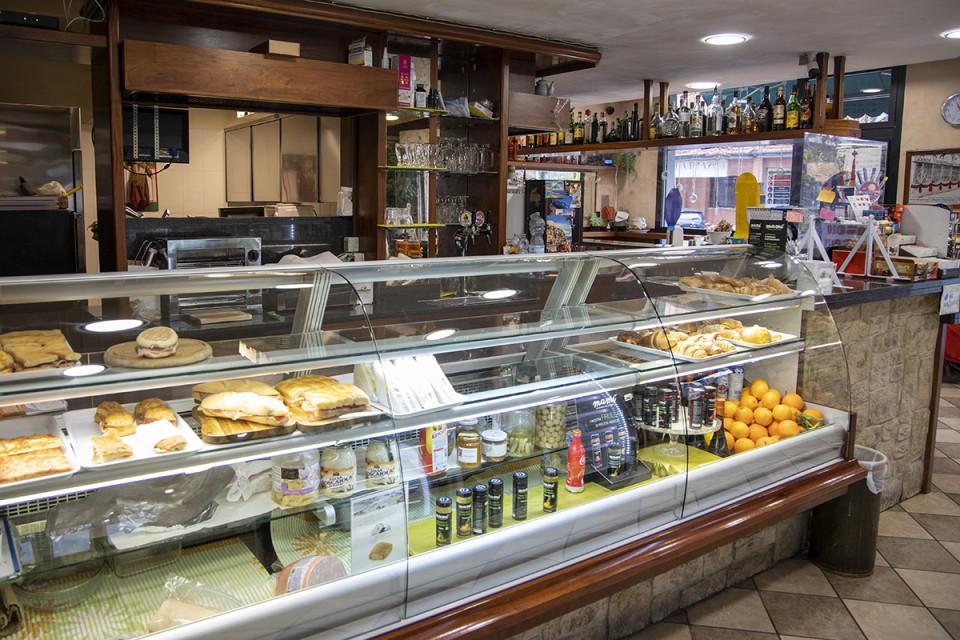 Bar 2000, Calderara