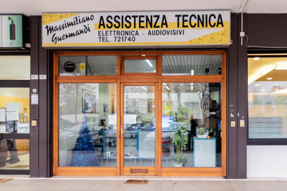 Assistenza tecnica, elettronica, audiovisivi. Calderara