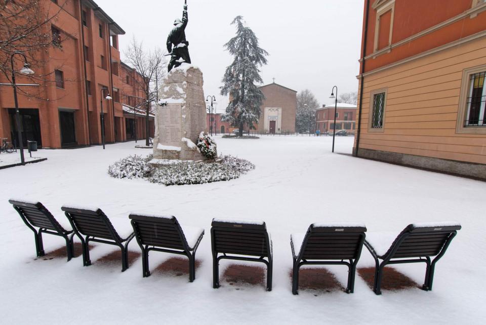 Piazza Marconi, Calderara, gennaio 2009