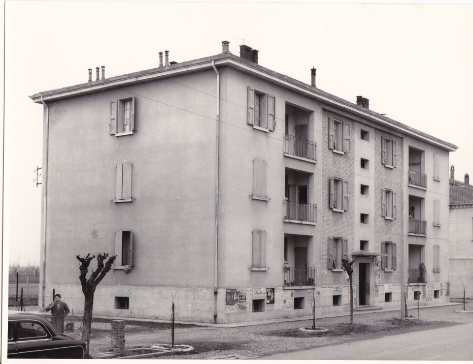 Calderara, edificio di via Roma