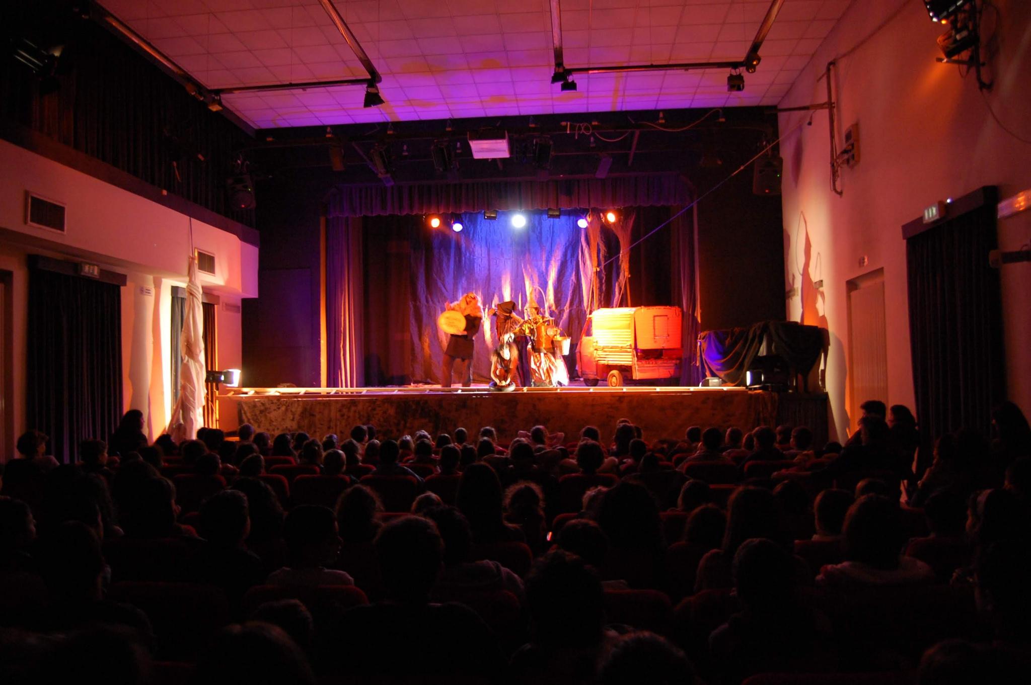 teatro Spazio Reno spettacolo Oz - 2009.JPG