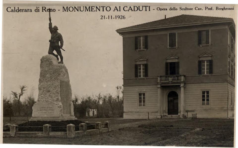 Calderara, Piazza Marconi, Monumento ai caduti, 1926